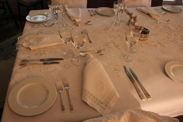 7 courses of haute cuisine et haute couture